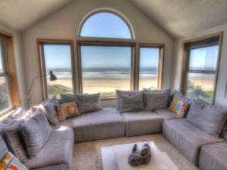 The Sand Castle on Miles of Sandy Beach! - Yachats vacation rentals