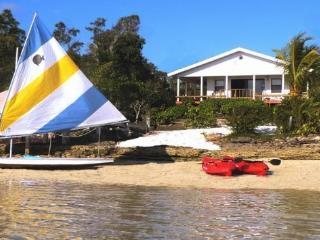 2/2 Beachfront home includes hot tub and boats - Treasure Cay vacation rentals