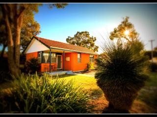 Garrys Cottage - home away from home - Perth vacation rentals