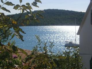 Nevenka Apartment B in Tisno - Tisno vacation rentals