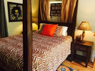 Treehouse Guesthouse: Hideaway Suite - Lafayette vacation rentals