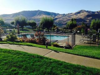 Lake Chelan Shores - One Bedroom Condo for Rent - Chelan vacation rentals