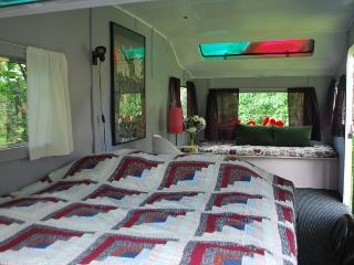 Caravan hostel - relax stay in a lush garden! - Vaddo vacation rentals