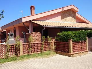 Costa Mediterranea HomeHoliday 4 - Cefalu vacation rentals