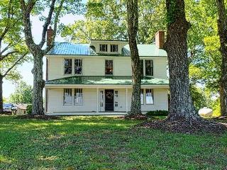 Newberry Manor - Westfield vacation rentals