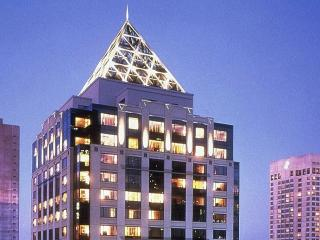 STUNNING W STARWOOD HOTEL SEATTLE - Seattle vacation rentals