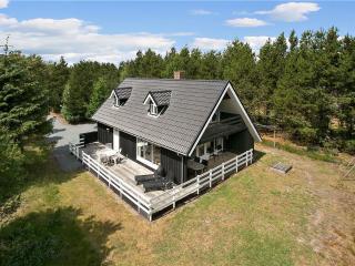 Cozy Summerhouse - Lidkoping vacation rentals