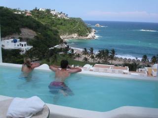 Oceanfront luxury condo w/private pool & bay view - Huatulco vacation rentals