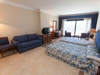 happylife furnished apartment in Alia beach resort - Hurghada vacation rentals