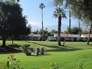 DUR64 - Rancho Las Palmas Country Club - 2 BDRM Plus Den, 2 BA - Rancho Mirage vacation rentals