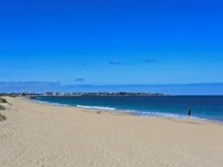 Silver Sands Total Luxury - Mandurah vacation rentals