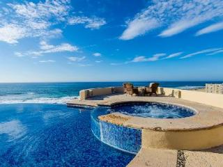 Beachfront Casa Kash with ocean view infinity pool, jetted tub & outdoor fire pit - Cabo San Lucas vacation rentals