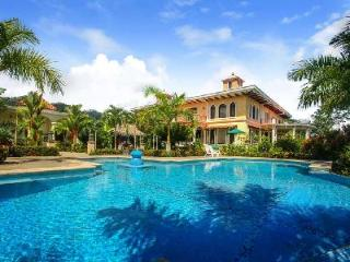 Hilltop Hacienda La Cresta on 60 private acres with pool, theatre, billiard room & lovely views - Dominical vacation rentals