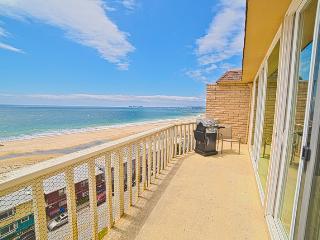 230I/Shore del Mar I *OCEAN VIEWS/ POOL* - Aptos vacation rentals