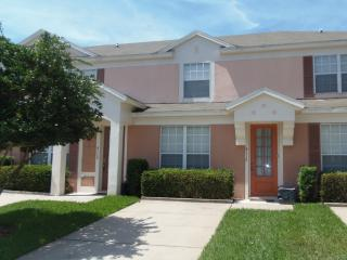 3 Bed Town Home with Splash Pool in Gated Resort - Four Corners vacation rentals