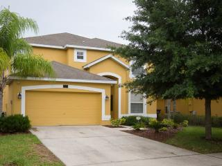 Stunning 5 Bed 4.5 Bath Home in Gated Community - Davenport vacation rentals