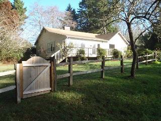 Seawoods Farmhouse 2.5 Bdrm home on 5 acres,short walk to Patricks Point Park - Trinidad vacation rentals
