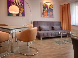 Vacation Apartment in Greifswald - 753 sqft, central, modern, spacious (# 8909) - Greifswald vacation rentals