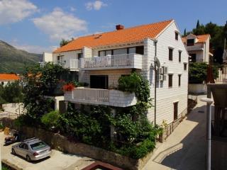 Apartment Magda - Cavtat vacation rentals