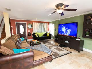 sunrise villa with large private yard - Kissimmee vacation rentals