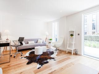 Private Double Room- Duplex Bermondsey - London vacation rentals