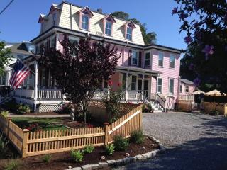 Lovely Victorian in Historic District - Cape May vacation rentals