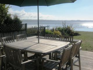 Waikuta Lakeside Lodge Rotorua - Rotorua vacation rentals