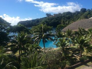 Beau T2 sur la plage à Tahiti dans un hôtel 4* - Arue vacation rentals