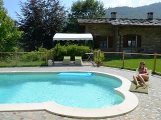 B&B  Cascina Moneia - Bagnolo Piemonte vacation rentals