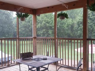 M & K Properties (Large group Stay) - Nashville vacation rentals
