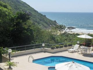 APARTMENT WITH VIEW IN PRAIA BRAVA - Cachoeira do Bom Jesus vacation rentals