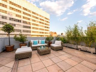 Penthouse Cuzco-Castellana Smart - Madrid vacation rentals