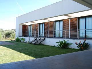 Ermida São Cristóvão Casa Moderna Alentejo  Moura - Moura vacation rentals