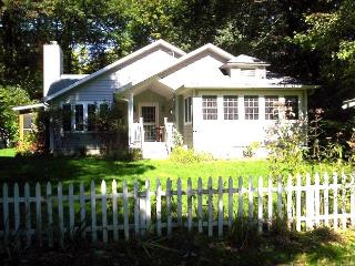 Ravenswood - Sawyer vacation rentals