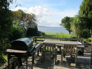 Tamaki Lakeside Lodge - Rotorua vacation rentals