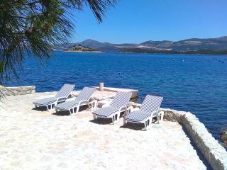 Holidays in Croatia - Putnikovic vacation rentals