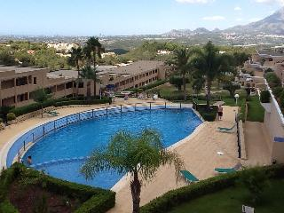 Apartment with large terrace and sea view - Altea vacation rentals