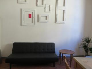 SANT AGOSTINO 2 - OLTRARNO  (A) - at St. Spirito square - Florence vacation rentals