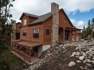Large Stunning Home, Views, Close to town& Shuttle - Fraser vacation rentals