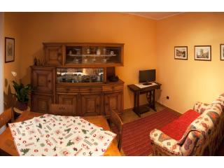 Colored apartment in the city of Aosta - Aosta vacation rentals