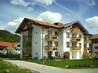 LLAG Luxury Vacation Apartment in Ruhpolding - 969 sqft, centrally located, quiet, 4 stars (# 114) - Ruhpolding vacation rentals
