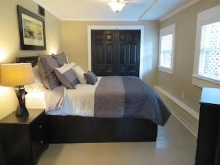 Mid-Town Courtyard Bungalow - Tallahassee vacation rentals