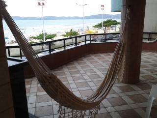 Apartamento de Frente para o Mar em Itapema - Itapema vacation rentals