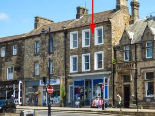 THE FLAT, town centre, WiFi, parking, character features, apartment in Barnard Castle, Ref. 918609 - Barnard Castle vacation rentals