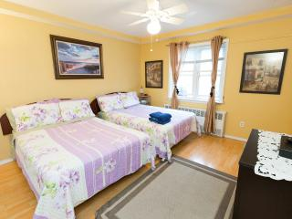 Cozy 1 bedroom 2 beds apt. near JFK - New York City vacation rentals