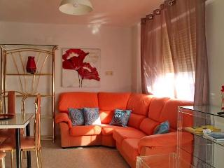 [82] Lovely apartment only 1 min from the beach - Cadiz vacation rentals