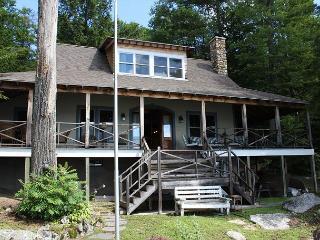 Spectacular Pinnacle Park Vacation Rental on Lake Winnipesaukee (SWE175Wa) - Meredith vacation rentals