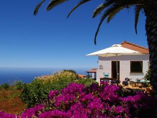 Casa Lucia, west side, stunning sea views, WiFi - La Palma vacation rentals