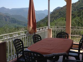 Gîte Ciambonson - La Tour vacation rentals