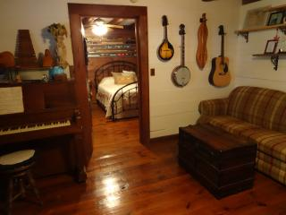 The Cottage at Old Sweet Song - Winterville vacation rentals